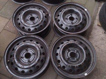 4 15inch Stalen Velgen Chevrolet Evanda 15 4x1143